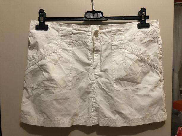 Biala spodniczka
