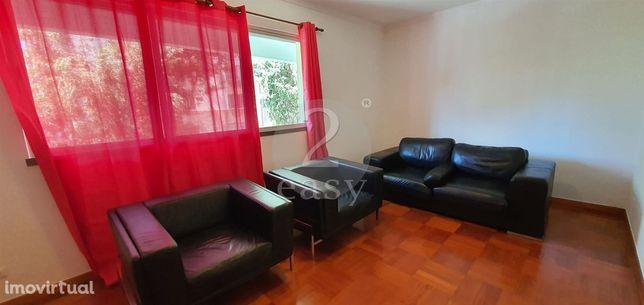 Apartamento T2 Arrendamento em São Martinho,Funchal