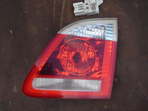 Bmw e61 lampa tył w klapę prawa