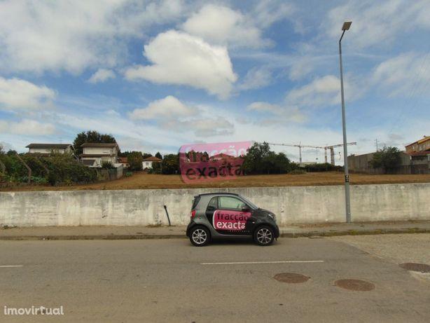 Casa Térrea c/ terreno 6667m2 | Espargo | Junto Europarque