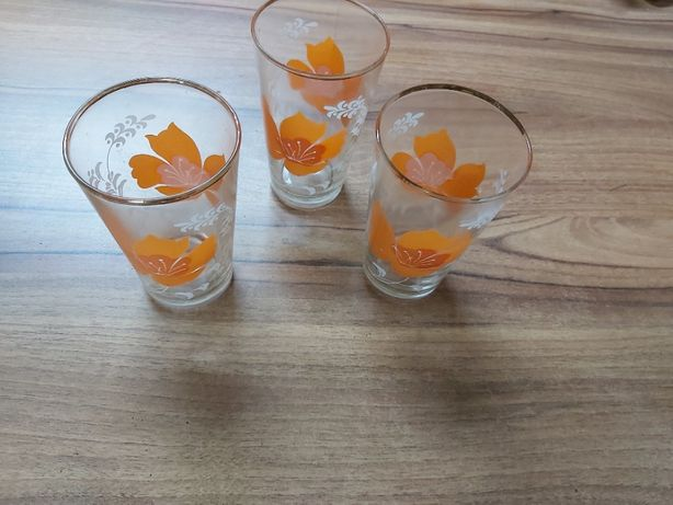 szklanki PRL - kwiaty