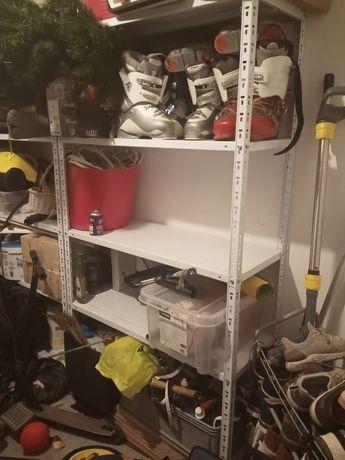 Regał do garaży w dobrym stanie