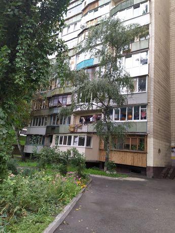 Продам 1к.кв возле метро Лукьяновская ул.Трудовая 7а