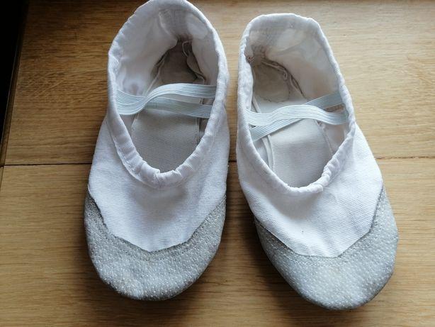 Танцевальные чешки обувь для танцев гимнастики акробатики