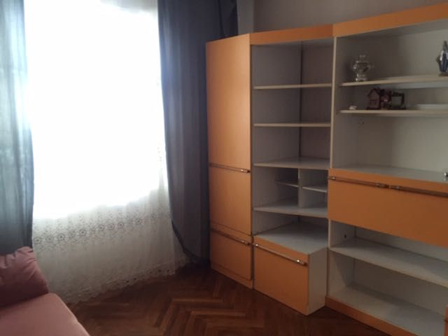Двухкомнатная к-ра, 6 спальных мест, район м Позняки, Здолбуновская 11-1