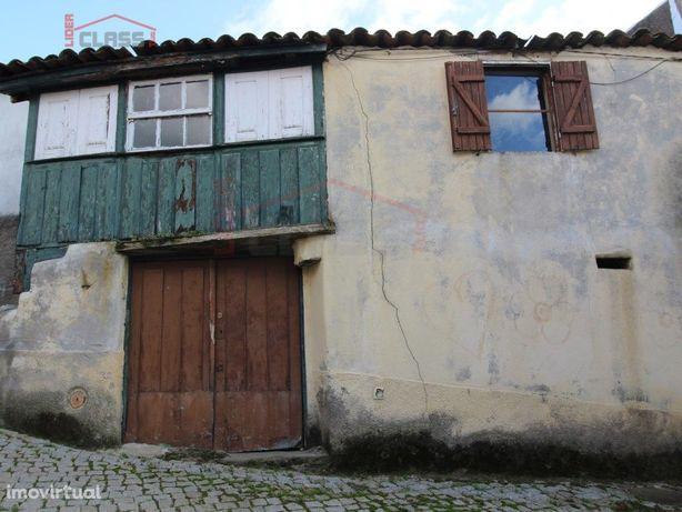 Moradia T2 em Açoreira - Torre de Moncorvo