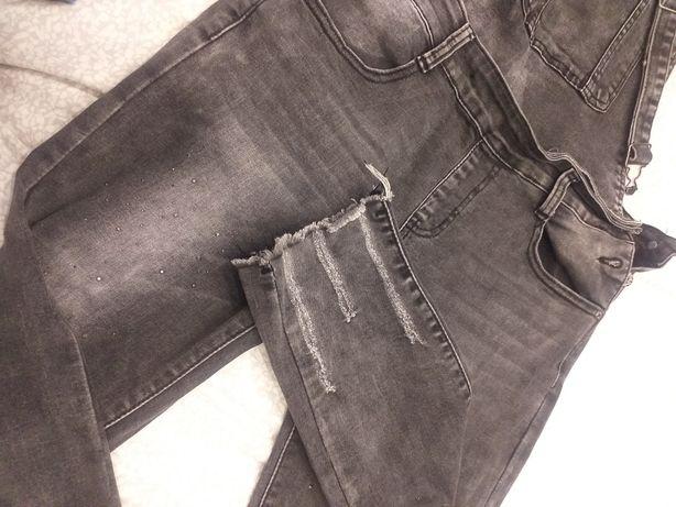 Ogrodniczki jeansowe 158