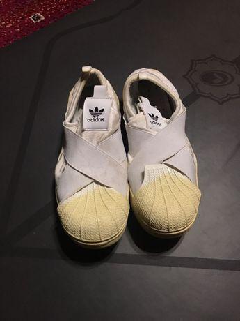 Странные Adidas Superstar 43 размер