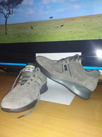 Ботинки, туфли, кросовки, для девочки 31 размер, новые Италия кожа
