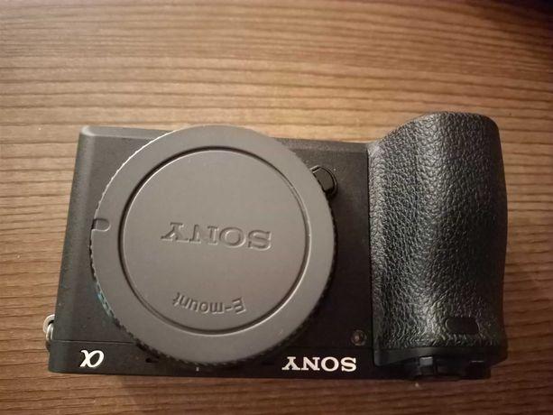 'Sony a6300 + Sigma 17-50 2.8 + mc-11 jak nowy