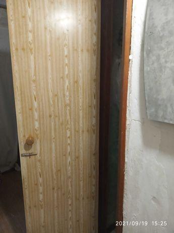 Двери межкомнатные и входная дверь
