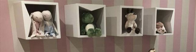 4 Cubos suspensos  decoracao