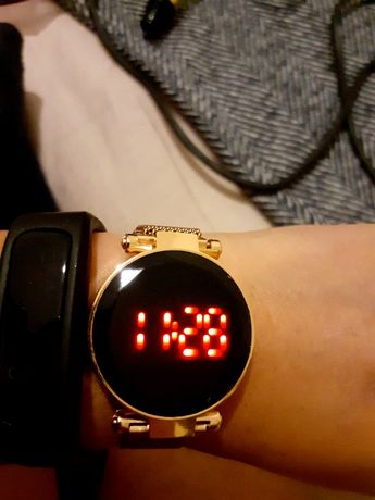 relógio aço inoxidável touch rosa gold