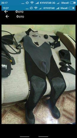 Сухой гидрокостюм XLаrge