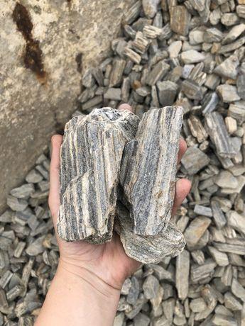 Kora kamienna - kamień ogrodowy skład