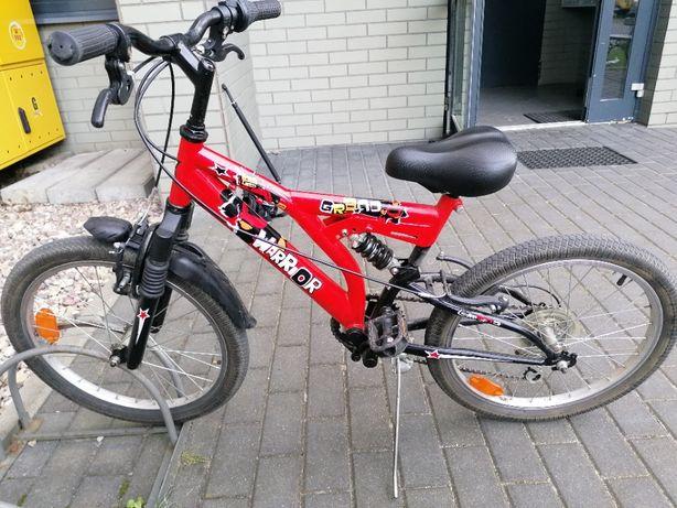 rower dziecięcy czerwony