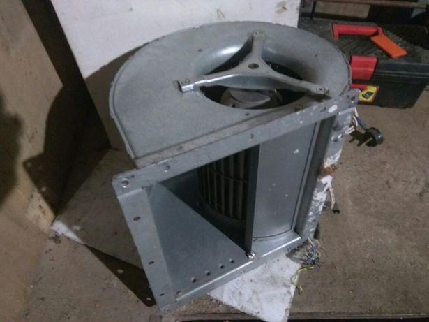 Вентилятор центробежный D4E180-CA02-36