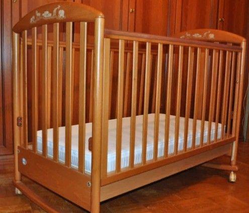 Детская итальянская кроватка Pali с матрасом