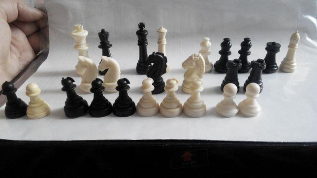 Шахматы ПОШТУЧНО, шахматные фигуры, шахматы на магнитах маленькие