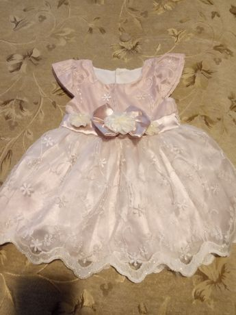 Платье девочке 3-4 месяцев