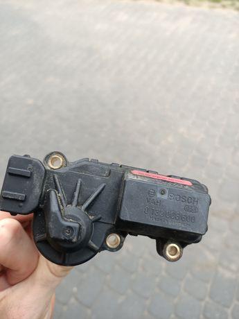 Silnik krokowy golf III 4 pin