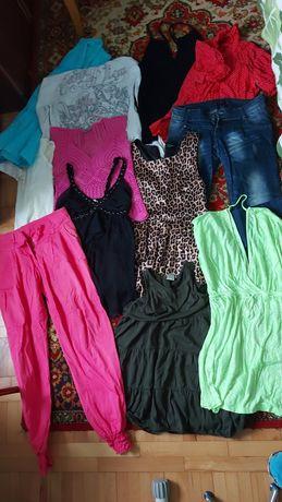 Срочно отдам много женской одежды пакет