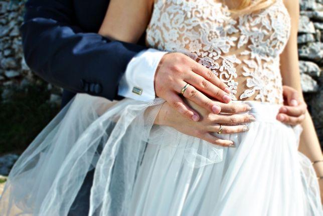 Suknia Ślubna - roz,36 Któj litera A