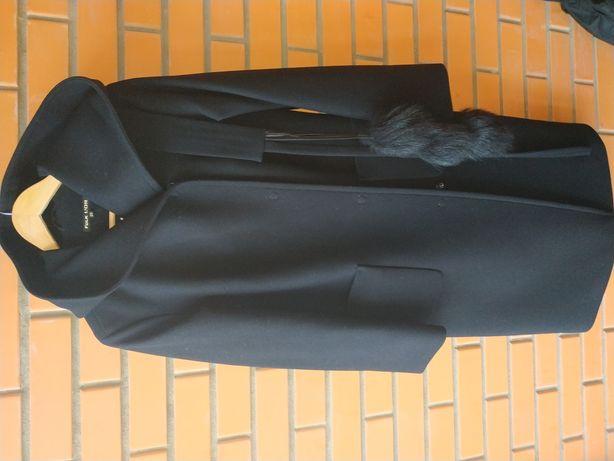 Пальто женское Folk L'or р.38 очень теплое.