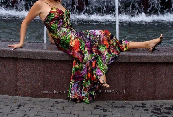 Вечернее платье в пол расшитое хрусталем Сваровски состояние нового