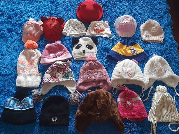 Детские шапки, кепки в отличном состоянии
