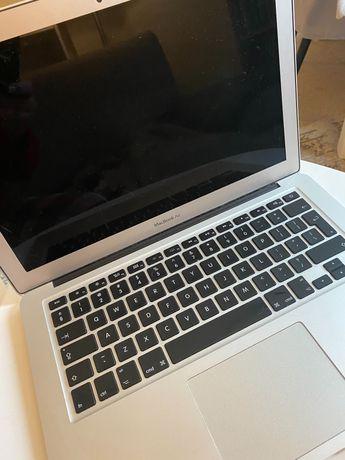 MacBook Air 13 używany sprawny