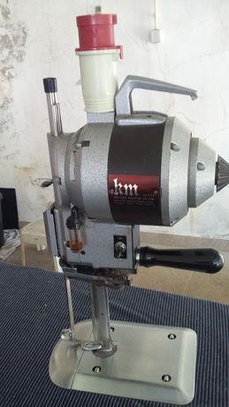 Vendo Tesoura Vertical KM para Corte Têxtil