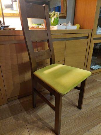 Krzesła do jadalni drewniane komplet