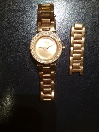 Zegarek Timex damski Rose Gold różowe złoto z cyrkoniami