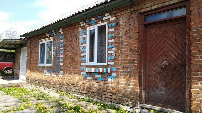 Будинок у селі Скаржинці