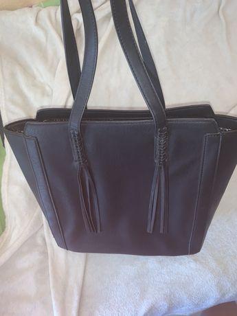 Czarna shopper bag na ramie