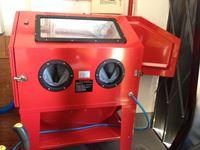 Cabina decapagem vertical de 220 litros sem armário recuperação poeira