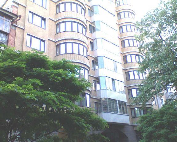 Сдается элитная квартира в центре Киева. 260 м.кв. в одном уровне !