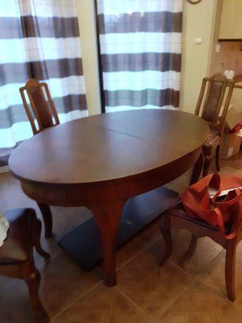 Sprzedam Antyczne Meble Lwowskie - stół z 4 krzesłami, przedwojnne