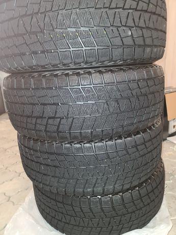 Авто резина.265 × 65 R - 17  Б/у.