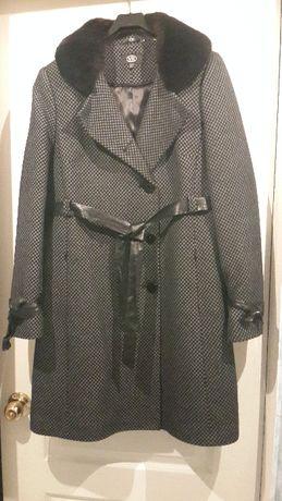 Пальто женское осень-зима 1700р.