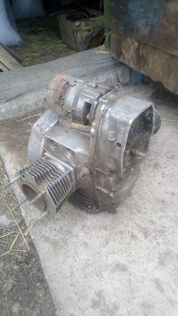 Двигатель днепр 11