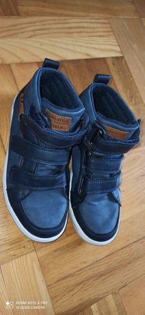 Buty chłopięce r. 34