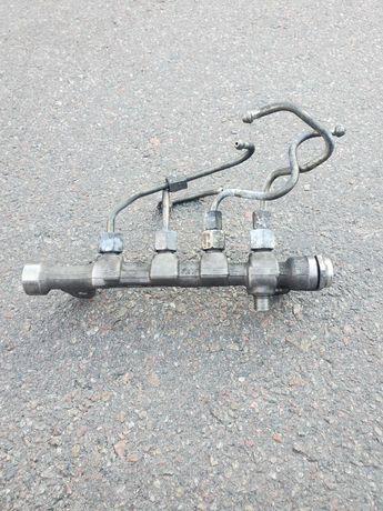 Топливная рейка металл 1.6MJET ft FIAT DOBLO 09- 0445214192