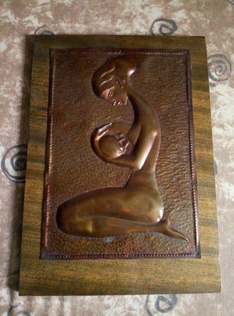 Картина медная на деревянной доске.