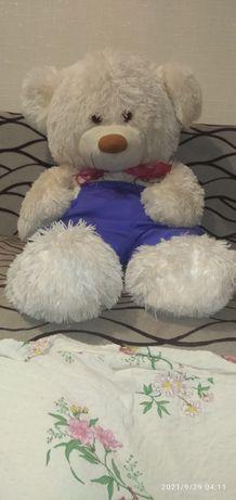 Большой медведь на подарок