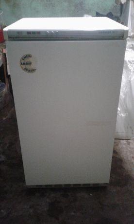 Продам морозильну камеру Liebherr-125 л