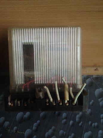 Реле магнітний пускач вимикач