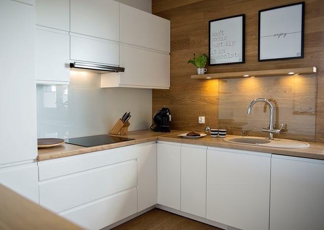 Meble na wymiar kuchnia szafa garderoba i skręcanie składanie z paczek