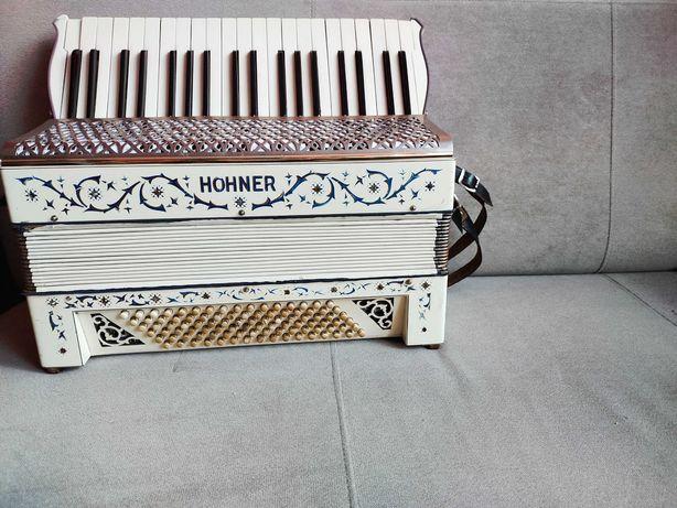 Akordeon Hohner, 96 basowy